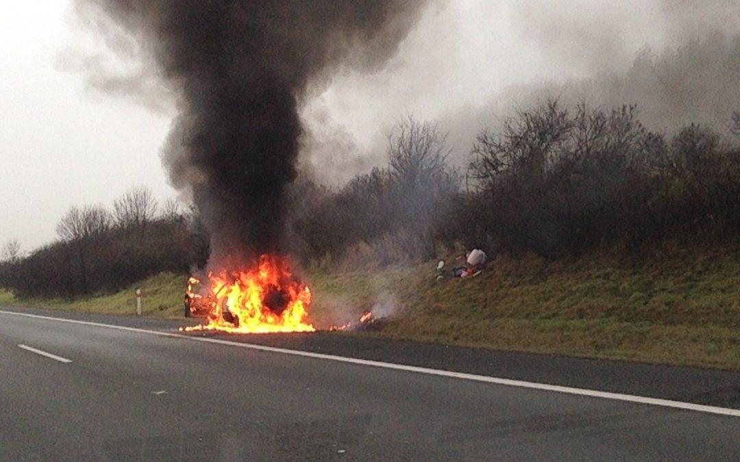 """Quatsch mit e: Vom """"feuergefährlichen"""" Elektroauto"""