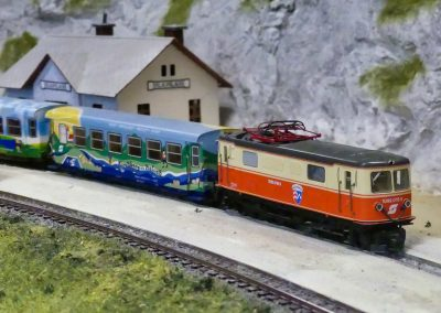 modell28
