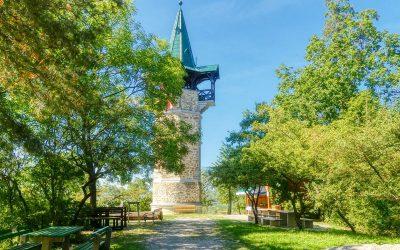 Die Kamptalwarte auf dem Heiligenstein bei Zöbing: Blick in alle vier Vierteln Niederösterreichs