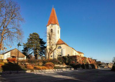 Kirche Fels am Wagram